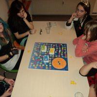 Helfen-Sorgen-Teilen Spiel 1