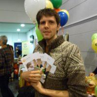 Richard mit Flyern